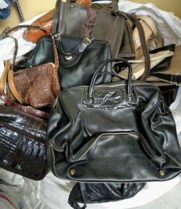 Vintage handbags Kilos