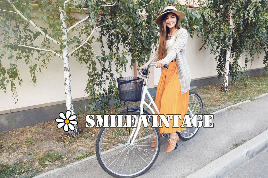 Smile Vintage - Vintage Clothing doesn't care about your age
